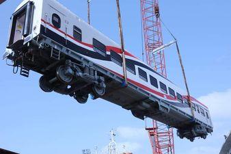 وزير النقل المصرى : وصول 22 عربة سكة حديد جديدة