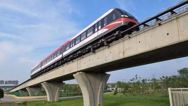 الوزير: تنفيذ خط سير مونوريل ٦ أكتوبر ضمن مخطط تطوير شبكة مواصلات متطورة بالمدينة