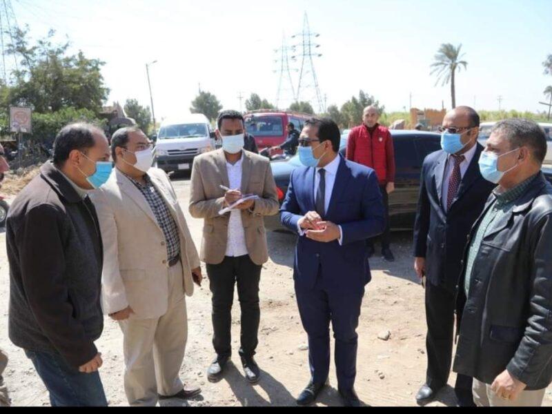 قرية بهجورة بمدينة نجع حمادي تقضي علي التلوث بتبطين الترع