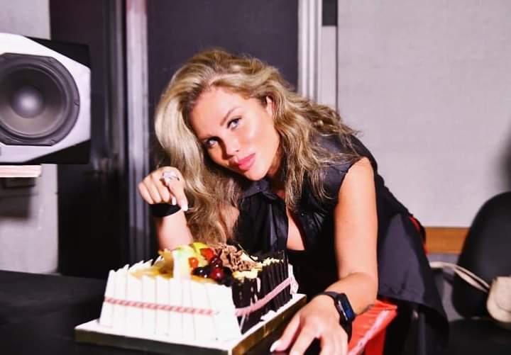 «نيكول سابا» تشارك جمهورها بصور إحتفالاً بعيد ميلادها