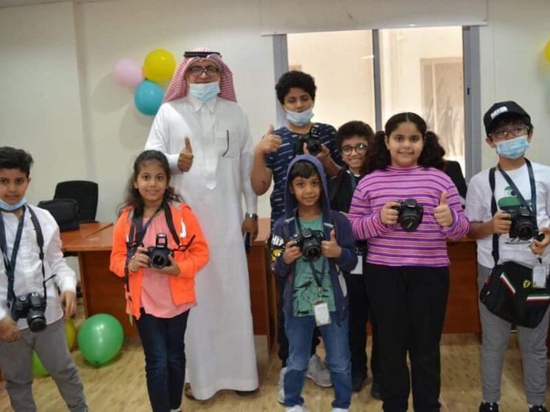 الإعلام السعودي الدولي يتقدن ببالغ الشكر والتقدير للدكتور مصطفى القرشي رئیس جمعية ايدي الحرفية