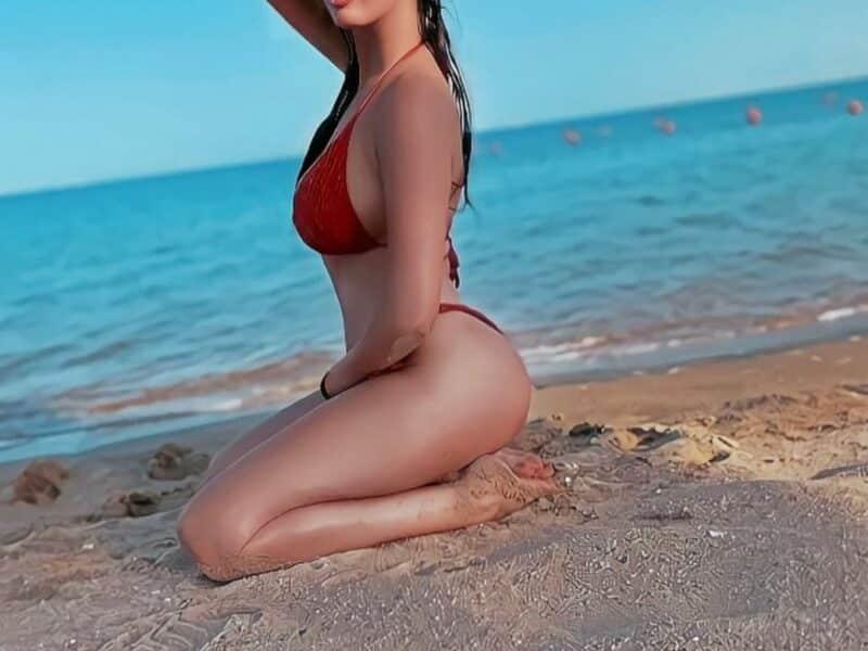 المطربة الصربية ديانا ميهالوفتش بالصور _  تستجم على شواطئ البحر الأحمر بمايو صارخ