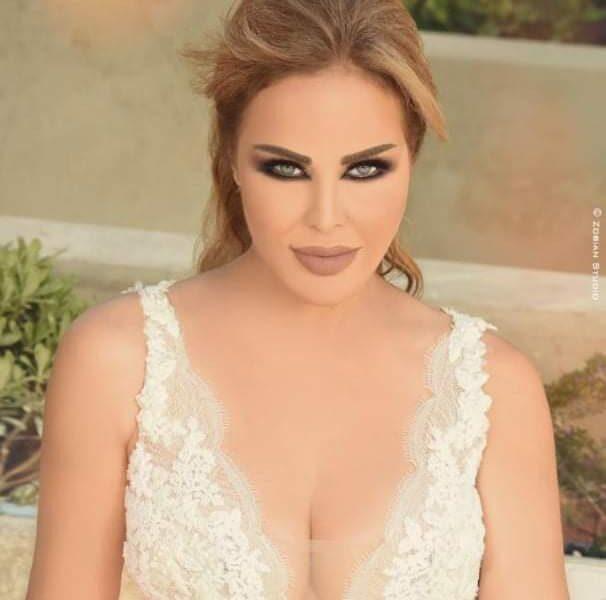 "اغنيه جديده تفاجأ بها"" رولا سعد ""زوجها يو زفافهما"