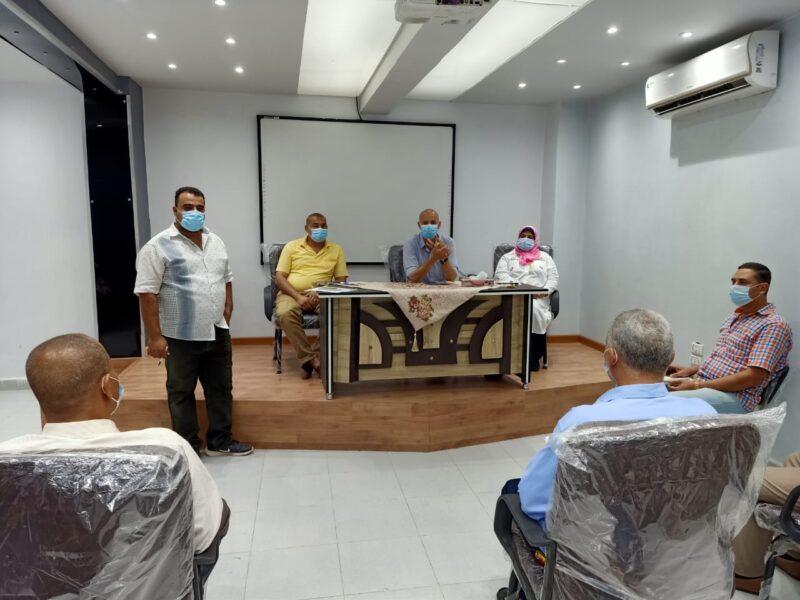 مسعود يجتمع بمديرى الادارات الصحية والفنية والنوعية بالشرقية